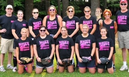 Hot Screamers softball team finishes off 2014 with a bang
