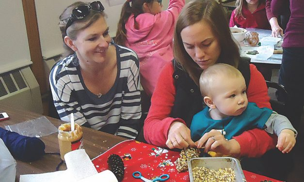 Christmas tour promotes local businesses