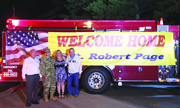 Community welcomes home Sgt.  Robert Page from Afghanistan